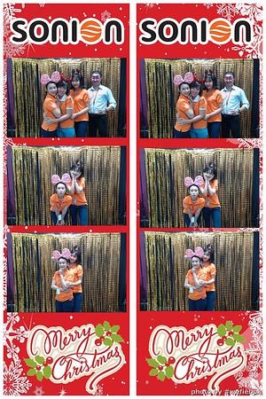 SONION-Vietnam-Christmas-Photobooth-by-WefieBox-060