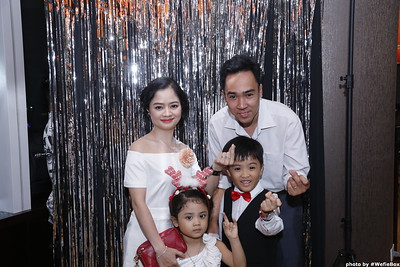 Sonion-Christmas-Photobooth-in-Saigon-Chup-anh-in-hinh-lay-lien-Tiec-Giang-sinh-WefieBox-Photobooth-Vietnam-single-17