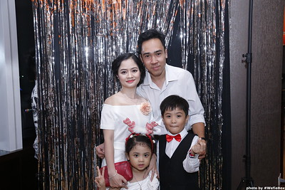 Sonion-Christmas-Photobooth-in-Saigon-Chup-anh-in-hinh-lay-lien-Tiec-Giang-sinh-WefieBox-Photobooth-Vietnam-single-18
