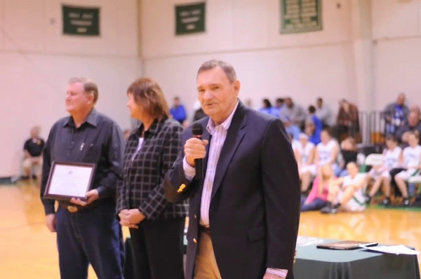 Glenn Wheaton speaking about Leonard Morris.  Mr. Morris was inducted into the Midway Hall of Fame in January 2011.