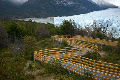 Walkway to Perito Moreno Glacier, Lake Argentino, Los Glaciares National Park, Santa Cruz Province, Patagonia, Argentina