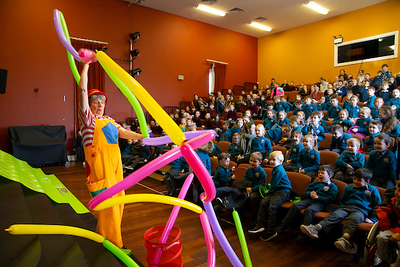 "FREE TO USE IMAGE. Pictured during Science Week with WIT (Waterford Institute of Technology) by Calmast. Pictured at Dungarvan with Caroline Ainslie as ""Bubblz. Picture: Patrick Browne"