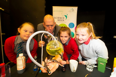 FREE TO USE IMAGE. Pictured during Science Week with WIT (Waterford Institute of Technology) by Calmast. Pictured at Dungarvan with Ken Farquhar with pupils from Carriglea NS, Dungarvan. Picture: Patrick Browne