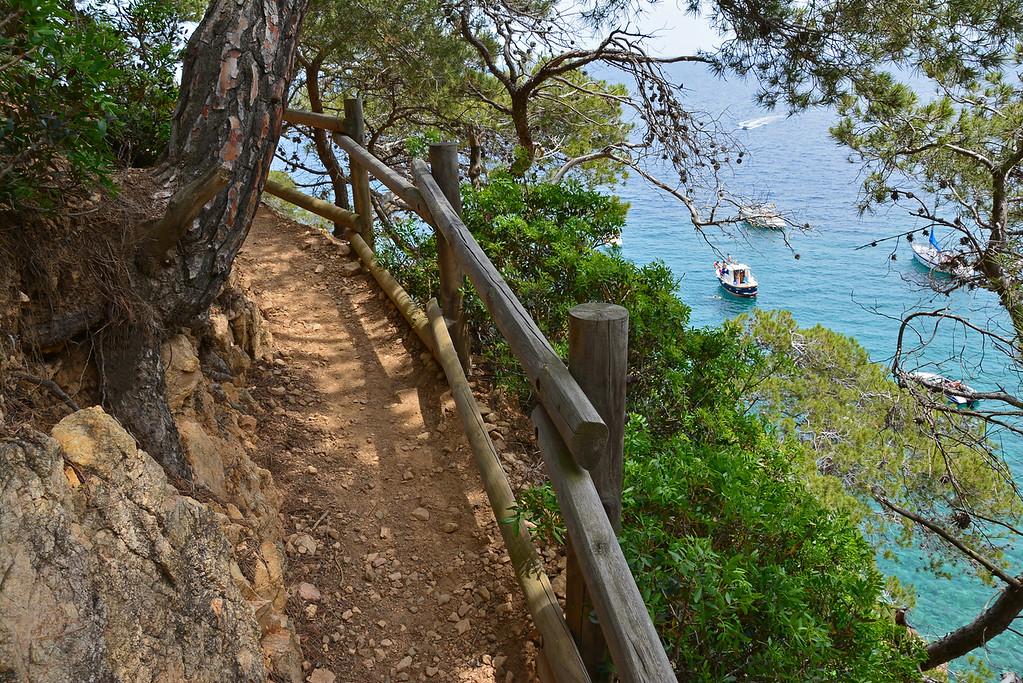 tamariu hike