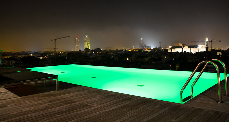 Rooftop Pool<br /> Grand Hotel Central<br /> Barcelona