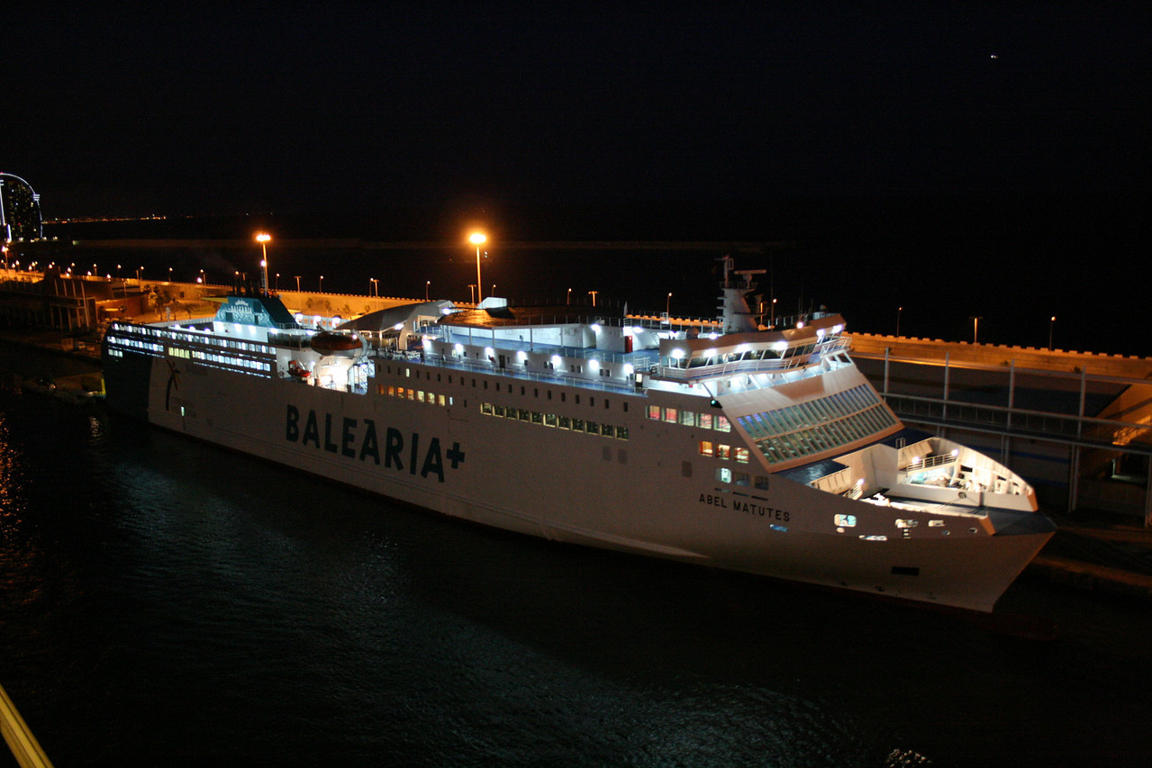 ABEL MATUTES in Barcelona embarking on night departure to Palma de Mallorca