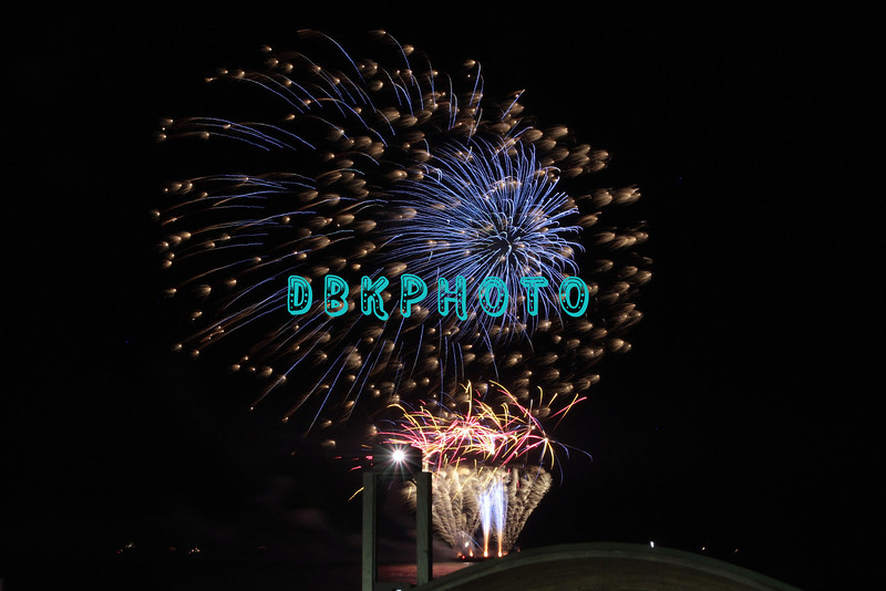 ATLANTIC CITY, NJ - JULY 04:  New Jersey's largest fireworks display for 4th Of July Concert And Firework Celebration at Kennedy Plaza on July 4, 2012 in Atlantic City, New Jersey.