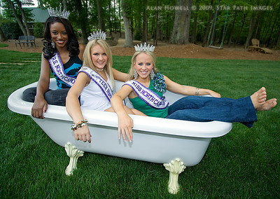 Rub-a-dub-dub, three beauty queens in a tub.