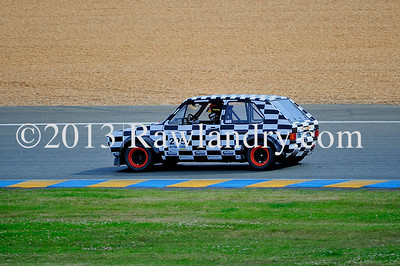 #205 VW GOLF Saloon Car LMS_2557