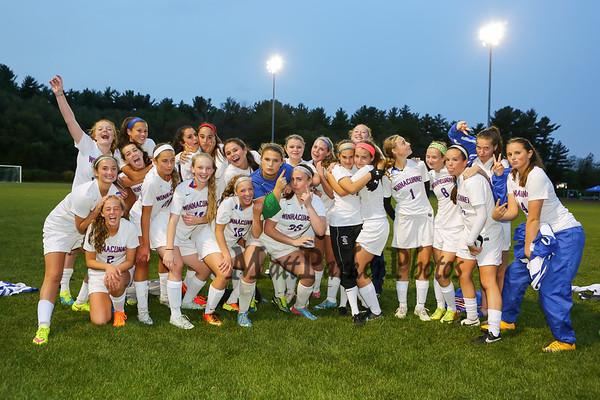 2015-10-2 WHS Girls Soccer vs Memorial