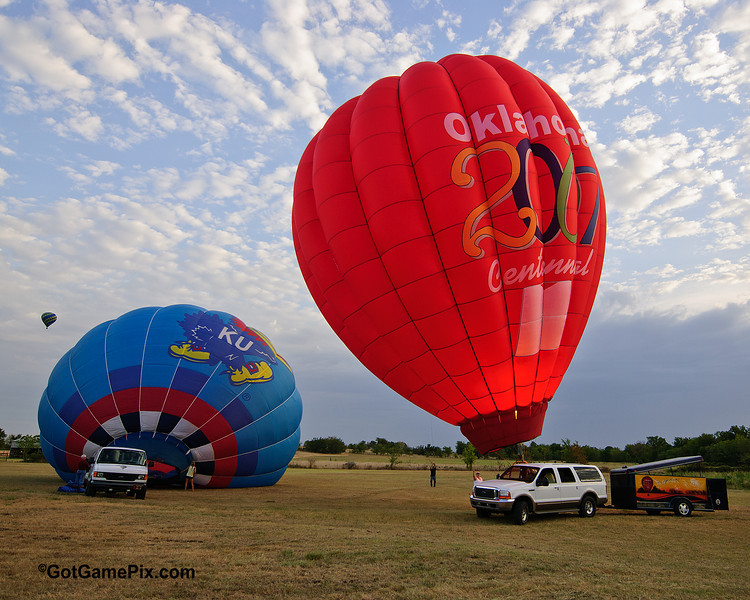 """The Breeze"" Martin Philpott - Bixby, OK<br /> 2012 Gatesway Balloon Festival<br /> Claremore, OK"
