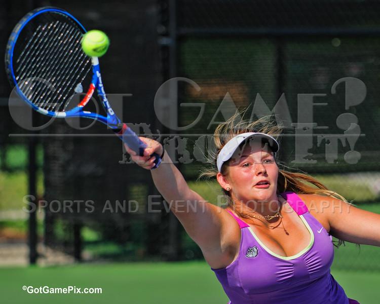 Sydney Trumbo - Fayetteville Bulldogs <br /> FHS v. Bentonville High 8/28/2012