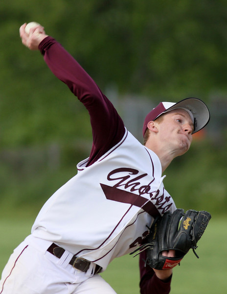 Eric Walther pitches against Bensalem.