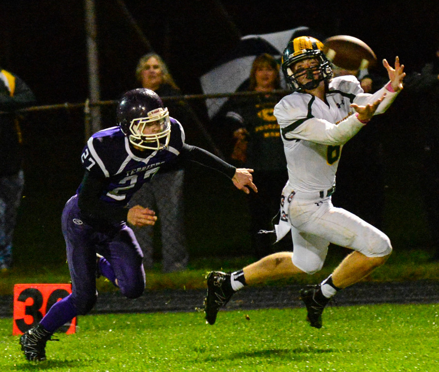 . Burr and Burton Carter Vickers makes a stunning catch during a football game at Bellows Falls Union High School on Friday, Oct. 21, 2016. Burr and Burton remains prefect after beating Bellows Falls 34-14. Kristopher Radder / Reformer Staff