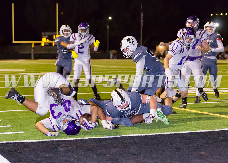 Valencia Vikings Moises Haynes (43, RB/MLB) stoped at the Goal Line by the Calabasas Coyotes