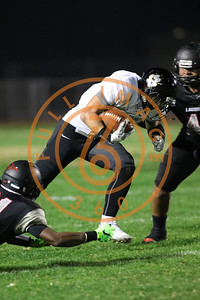 Nov 20 : Calabasas Coyotes rb, olb Erik Hillman (4)  Game action in quarterfinals of CIFSS Playoffs with Calabasas vs. Lawndale at Lawndale High School in Lawndale, Ca (Photo by Jevone Moore/Full Image 360)