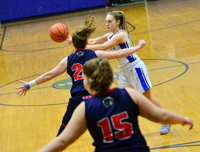 KRISTOPHER RADDER — BRATTLEBORO REFORMER<br /> Hinsdale takes on Pittsfield during a girls basketball game at Hinsdale Middle High School on Tuesday, Feb. 5, 2019.