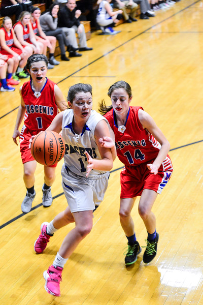 KRISTOPHER RADDER - BRATTLEBORO REFORMER<br /> Hinsdale's Skyler LeClair gets past Mascenic's defense during a girls' varsity basketball game at Hinsdale High School on Tuesday, Jan. 10, 2017.