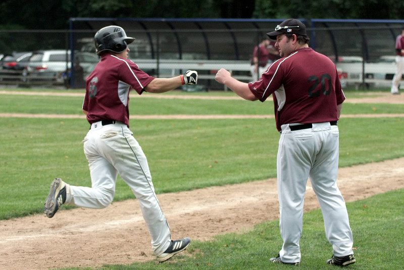 Horsham's Jesse Goldstein rounds third after batting a home run over the fence.