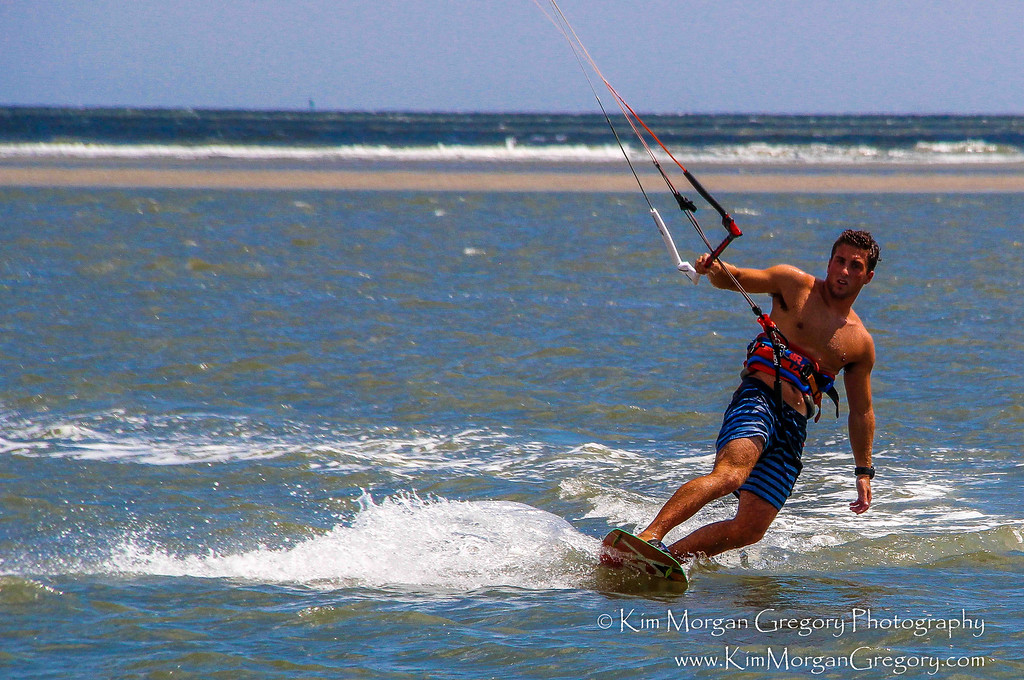 KITEBOARDING   COLLEGE STUDENT NAILS IT   8-21-16