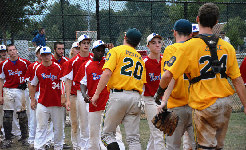 Roslyn Blue Hawks and Ft Washington Generals give their good byes after their last game in 2014. Photo by Debby High