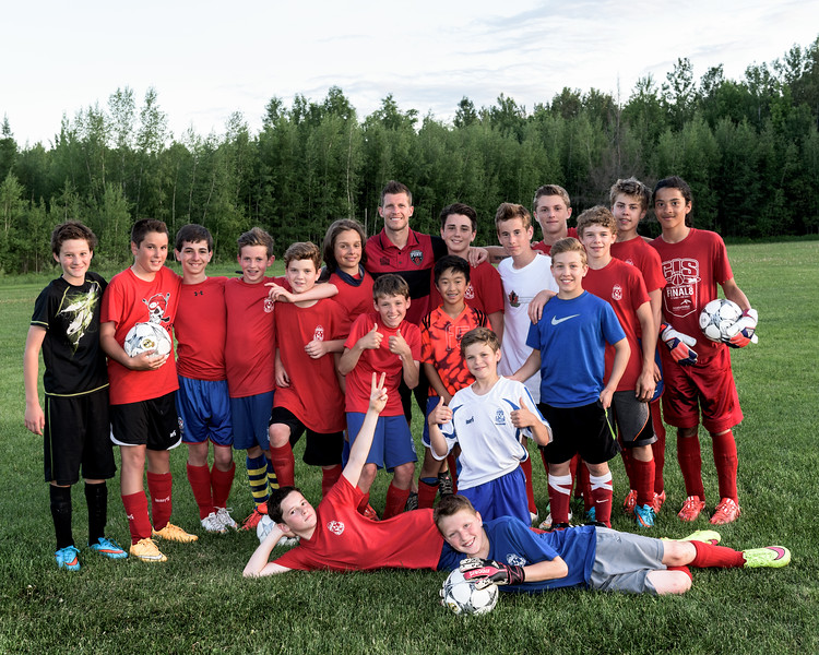 8 X 10 Russell Raiders U13 Boys 2015 with Nicki Paterson from the Ottawa Fury