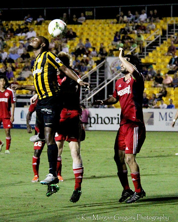 BATTERY VICTORIOUS Rnd 1 USL Playoff