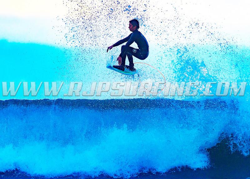 Surfing Topanga Beach (01/18/2016)
