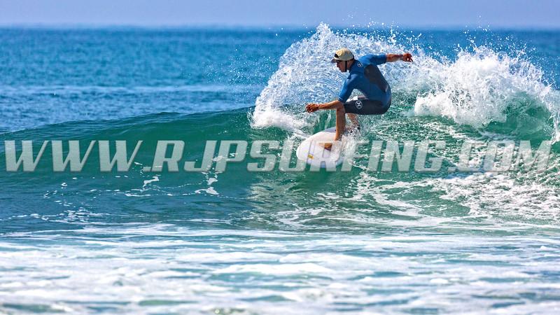 Surfing Topanga Beach (08/01/2016)