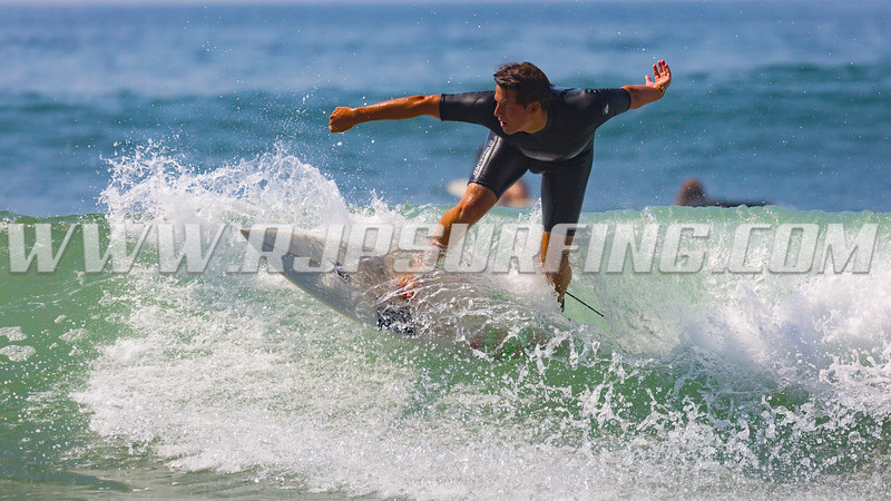 Surfing Topanga Beach (08/04/2016)