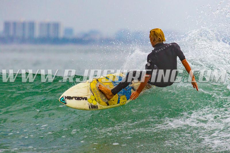 SurfingInsta_20170802__JPH0155