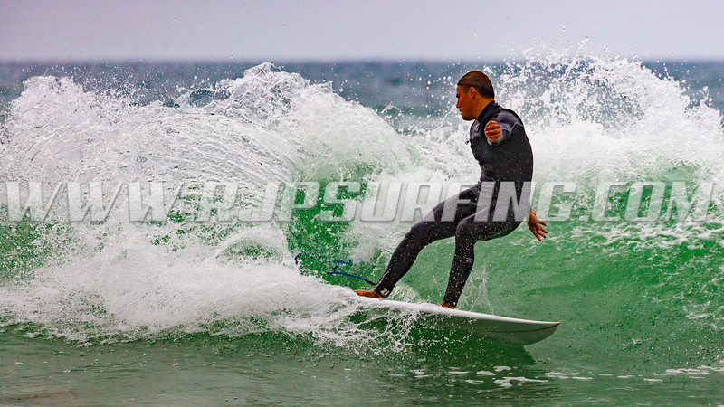 Surfing Topanga Beach (07/12/2017)