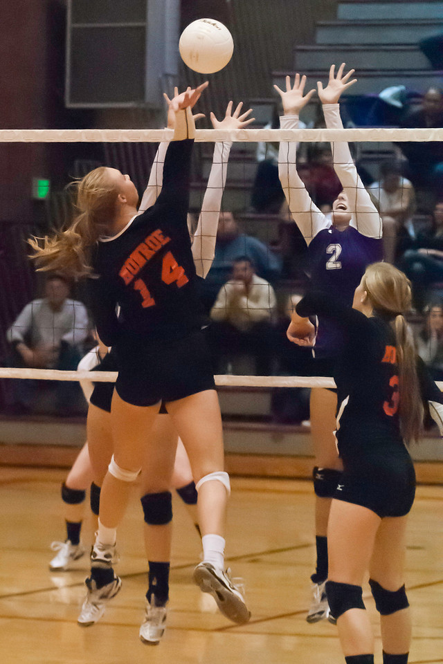 10 29 2012 Wesco District Volleyball SW  034