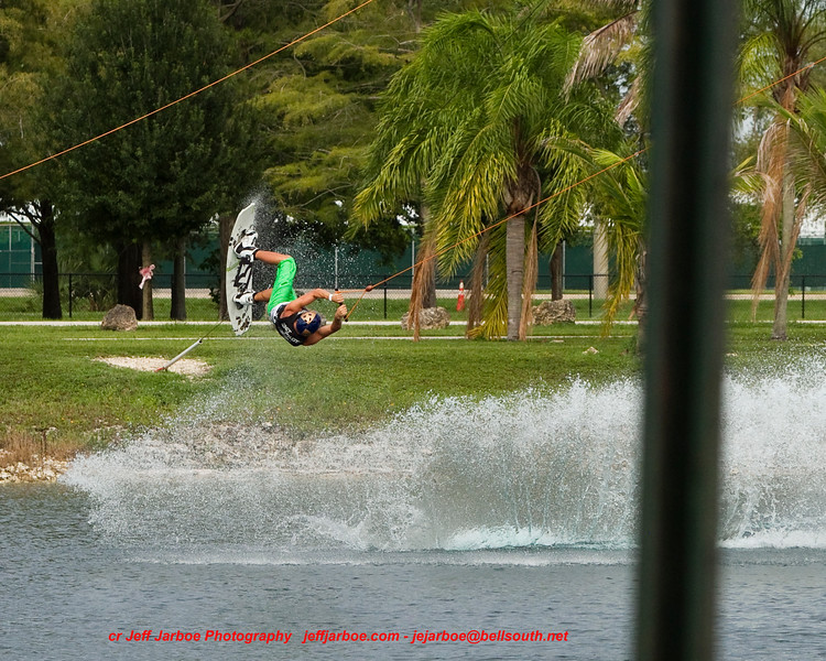 IMAGE: http://www.jeffjarboe.com/Wakeboard/Shred-A-Thon-5-71321011/i-xRvtvb5/2/L/IMG6340-L.jpg