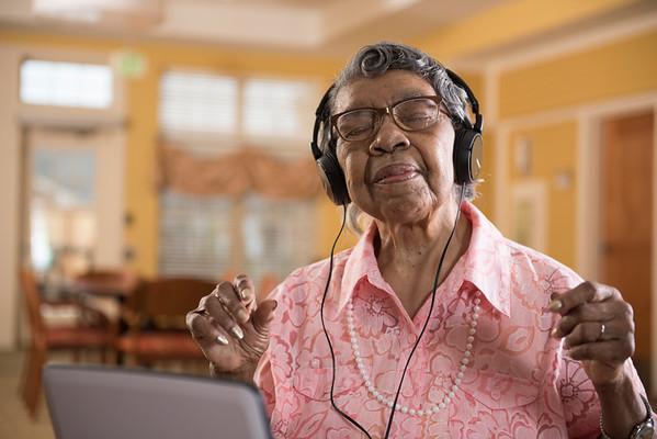 Senior Living: Oakwood Memory Unit