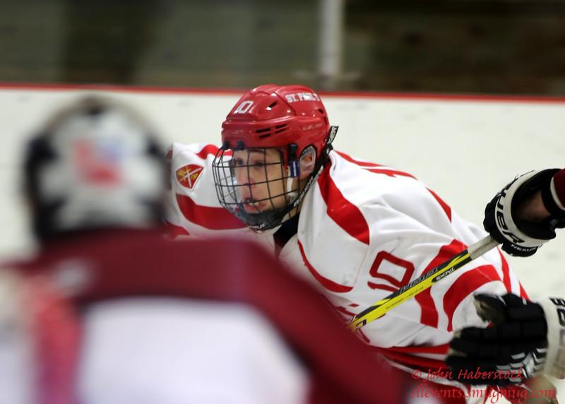 St Paul's Hockey 2014-15_14 12 19_8205_edited-1