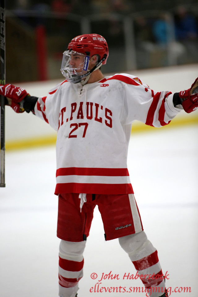 St Paul's Hockey 2014-15_14 12 19_8243_edited-2