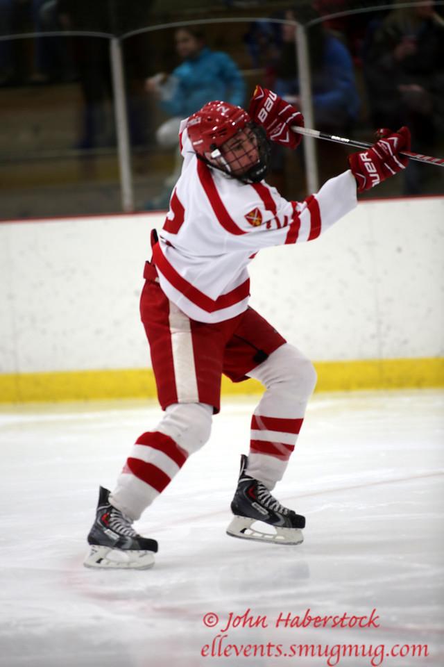 St Paul's Hockey 2014-15_14 12 19_8189_edited-1