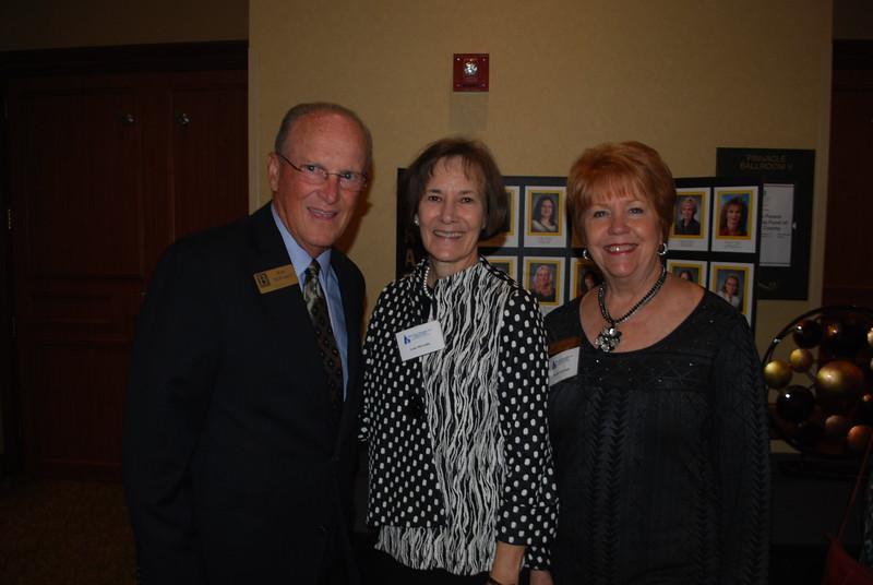 Mayor Bob and Lana McCaslin_Bootsie Ackerman2