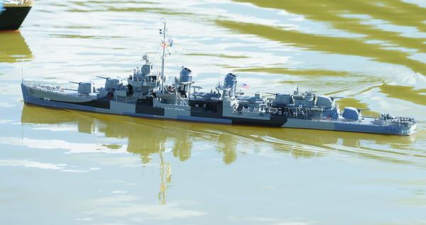 679, David McNair-Taylor, Fletcher Class Destroyer, SRCMBC, Solent Radio Control Model Boat Club, USS McNair