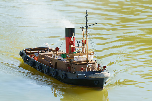 Martra, Roger Cooper, SRCMBC, Solent Radio Control Model Boat Club, harbour Steam Tug
