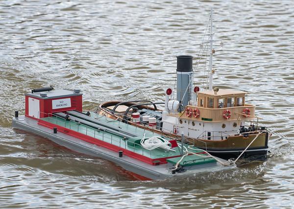 Anteo, Italian Steam Tug boat, John Andrews, SRCMBC, Setley Pond, Solent Radio Control Model Boat Club, fuel barge