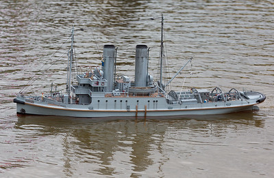 HMS Resolve, Nick Leaper, Rescue Tug, SRCMBC, Solent Radio Control Model Boat Club, World War 1 Naval Tug