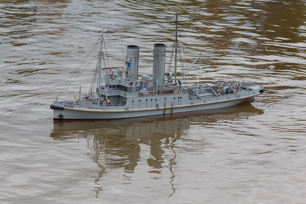 HMS Resolve, Nick Leaper, Rescue Tug, SRCMBC, Solent Radio Control Model Boat Club, World War 1 Naval Tug