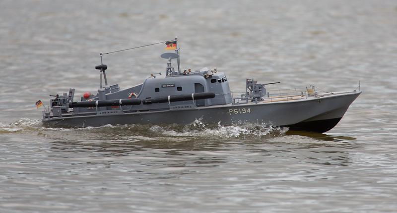 BM Strahl, Motor Torpedo Boat, P6194, Ray Hellicar, SRCMBC, Solent Radio Control Model Boat Club