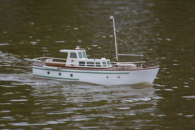Arthur Shannon, Cynetta, SRCMBC, Solent Radio Control Model Boat Club, Traditional Cabin Cruiser, motor launch