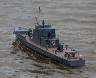 German Flak boat, Hans-Ulrich Kuhn, Krischan der Grosse, Military Launche, SRCMBC, Solent Radio Control Model Boat Club