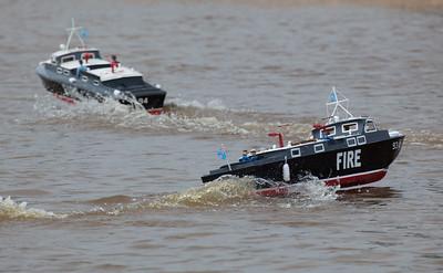 93, 94, Fire, Launch, Peter Burton, RAF Crash Tender, RAF crash tender, Ray Hellicar, SRCMBC, Solent Radio Control Model Boat Club