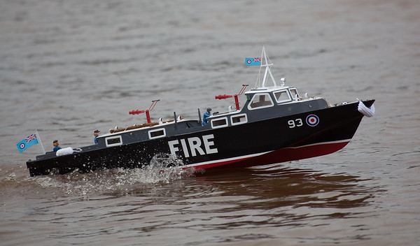 93, Fire, Launch, Peter Burton, RAF Crash Tender, SRCMBC, Solent Radio Control Model Boat Club