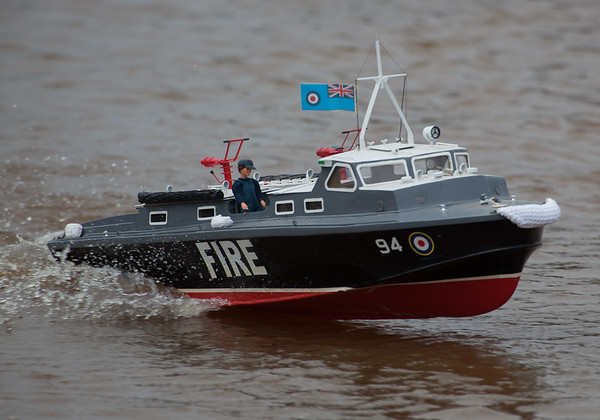 94, Fire, Launch, RAF crash tender, Ray Hellicar, SRCMBC, Solent Radio Control Model Boat Club